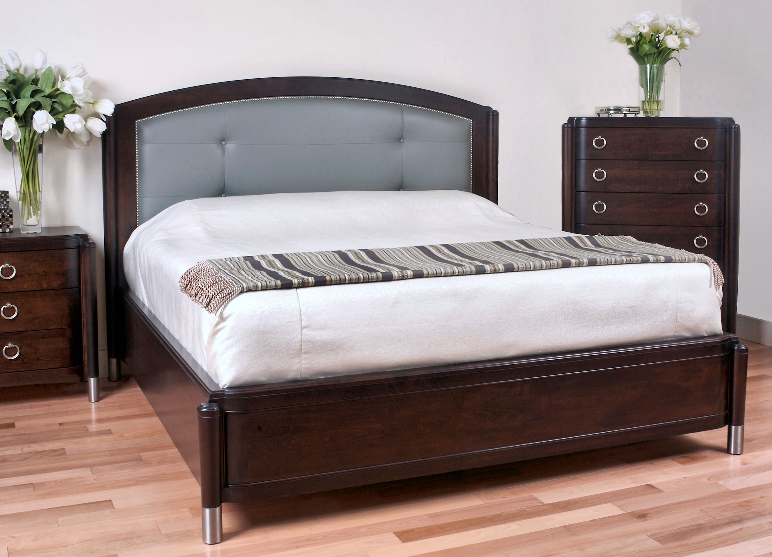 4036LP leather panel mansion bed